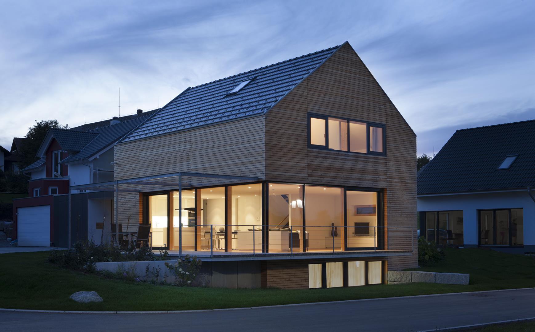 Modernes holzhaus bei villingen werner ettwein gmbh for Holzhaus modern bauen